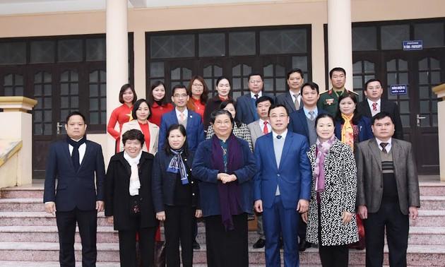 Lãnh đạo Quốc hội, Nhà nước thăm và tặng quà tết tại các địa phương