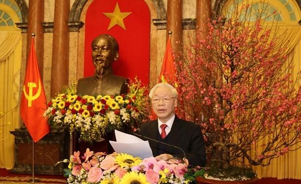 Tổng Bí thư, Chủ tịch nước Nguyễn Phú Trọng dự gặp mặt chúc Tết các đồng chí lãnh đạo và nguyên lãnh đạo Đảng, Nhà nước