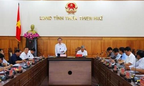 Phó Chủ tịch Quốc hội Phùng Quốc Hiển kiểm tra công tác bầu cử tại tỉnh Thừa Thiên Huế