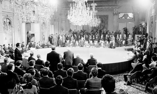 Ngoại giao Việt Nam: Từ nền ngoại giao kháng chiến, kiến quốc đến nền ngoại giao toàn diện, hiện đại.