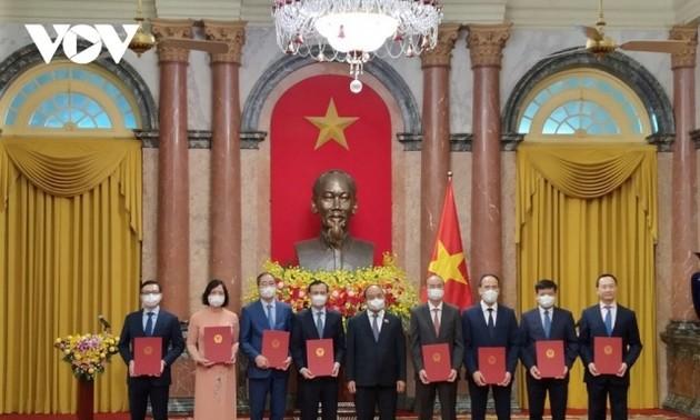 Chủ tịch nước giao nhiệm vụ cho các Đại sứ Việt Nam nhận nhiệm vụ ở nước ngoài