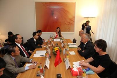 Vietnam considera Suiza un socio económico importante en Europa