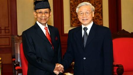 Vietnam y Malasia robustecen relaciones de amistad y cooperación integral