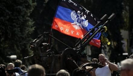 Concede gobierno ucraniano estatuto de autonomía para zonas orientales