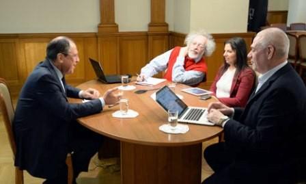 Canciller Sergei Lavrov concede entrevista sobre política exterior rusa