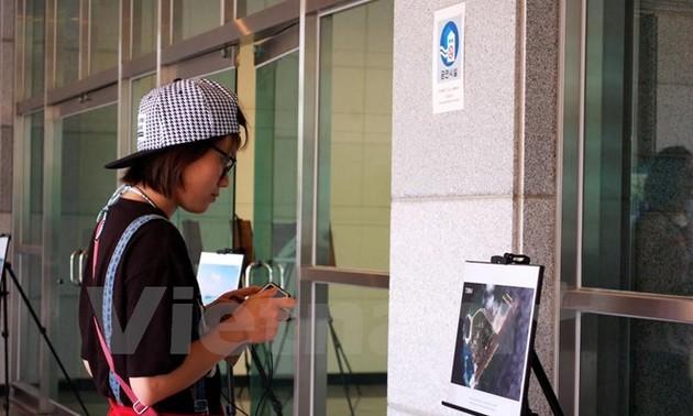 Exposición en Corea del Sur contra actividades ilegales de China en Mar Oriental