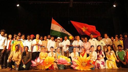 Vietnam e India impulsan cooperación para la paz y prosperidad