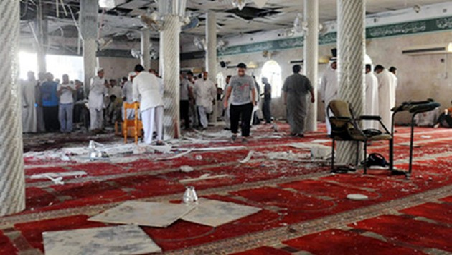 Ataque suicida en mezquita chiita saudí deja grandes pérdidas