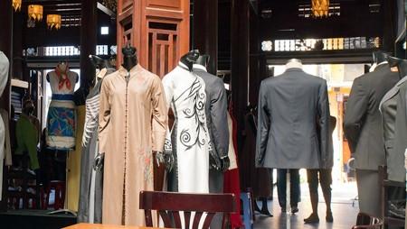 Industria de la confección de Hoi An promueve imagen nacional en el mundo