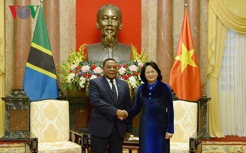 Vietnam reitera importancia de relaciones con Tanzania