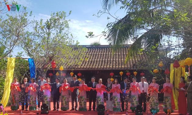 Inauguran V Festival Internacional de Seda y Brocado en Vietnam