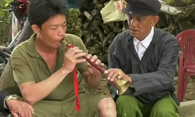 Clarinete Pi Le, un instrumento musical típico de los Giay