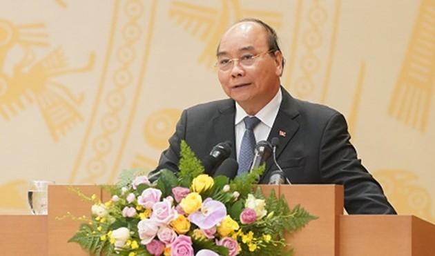 Vietnam determinado a impulsar crecimiento económico pese a impactos de Covid-19