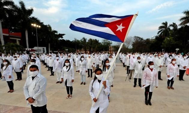 Instituciones y ciudadanos de Vietnam y otros países apoyan nominación al Premio Nobel de la Paz para médicos cubanos