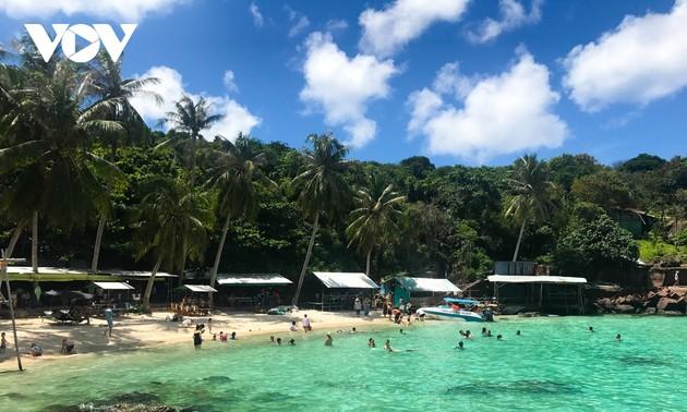 Vietnam pone en marcha certificación del pasaporte de vacunación para reactivar el turismo