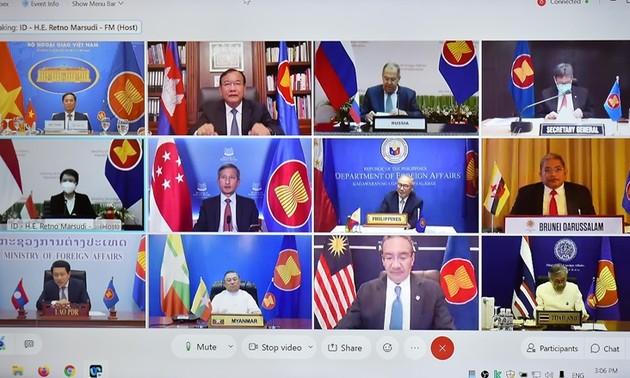 Asean y Rusia debaten formas para desarrollar la asociación estratégica