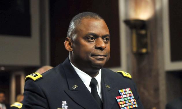 El jefe del Pentágono inicia su visita de dos días a Vietnam