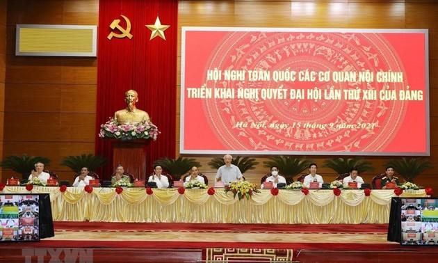 Piden promover el papel de los organismos de asuntos políticos internos en la construcción y defensa de Vietnam