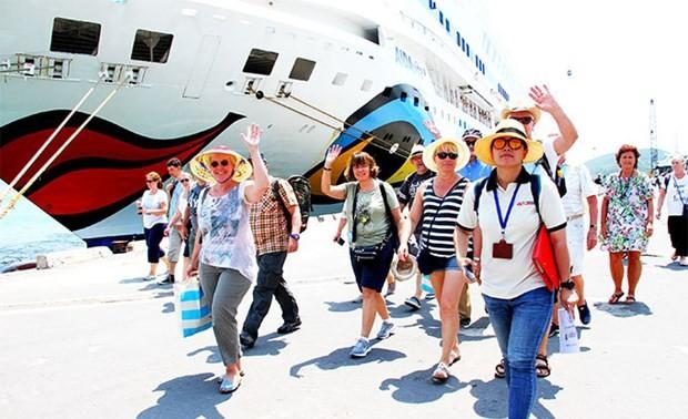 Provincia de Khanh Hoa planea recibir turistas en octubre