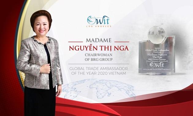 """Nguyên Thi Nga honorée """"Ambassadrice du commerce international"""""""