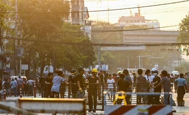 Myanmar : déclaration de la loi martiale à Rangoun