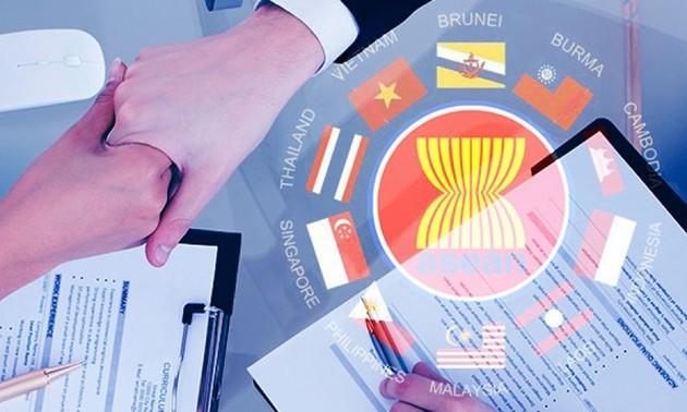 Communauté économique de l'ASEAN: publication d'un rapport de mi-parcours