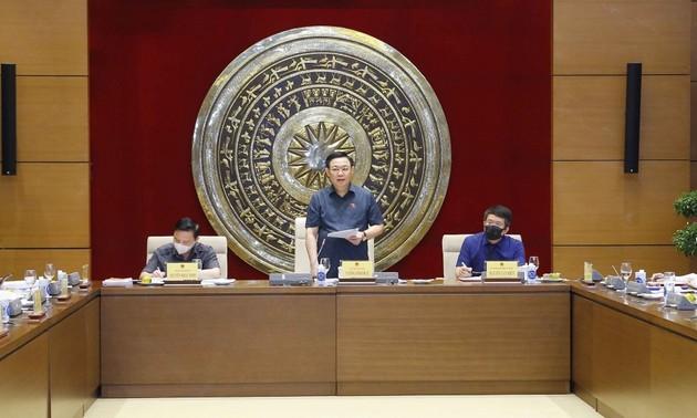 Vuong Dinh Huê: «La législation doit servir le développement»