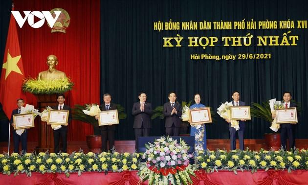 Première session du Conseil populaire municipal de Haiphong, mandat 2021-2026