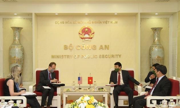 Hanoï et Washington renforcent leur coopération dans la sécurité