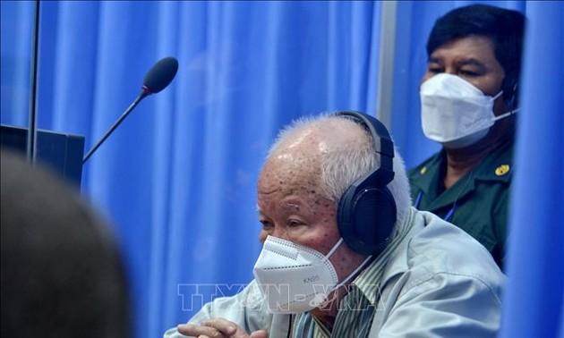 Cambodge : l'ex-chef khmer rouge Khieu Samphan jugé en appel