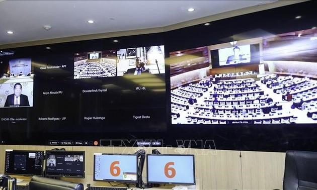 Intensifier la coopération avec les Parlements francophones dans la promotion des droits de l'homme