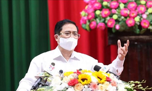 นายกรัฐมนตรี ฝ่ามมิงชิ้ง ลงพื้นที่พบปะผู้มีสิทธิ์เลือกตั้งนครเกิ่นเทอ