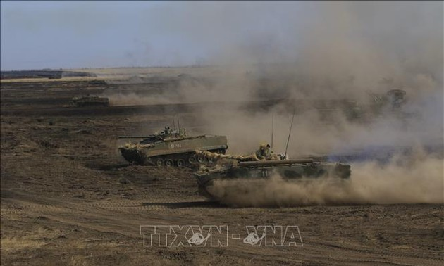 Russia to maintain forces near Ukraine border