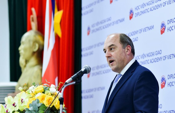 UK praises Vietnam's expanding role globally