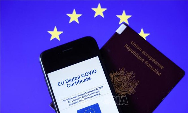 EU digital COVID-19 certification resumes 70% of air transportation