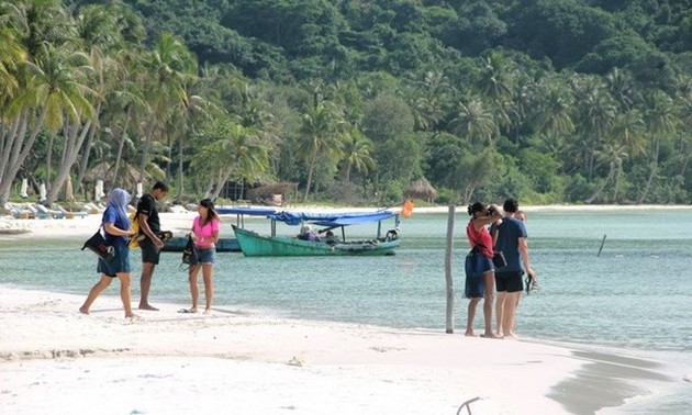 Plan to welcome back foreign visitors to Phu Quoc remains unchanged