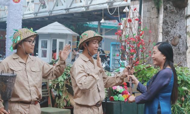 """""""Ký ức Hà Nội - 65 năm""""  tái hiện lại không khí ngày Giải phóng Thủ đô"""