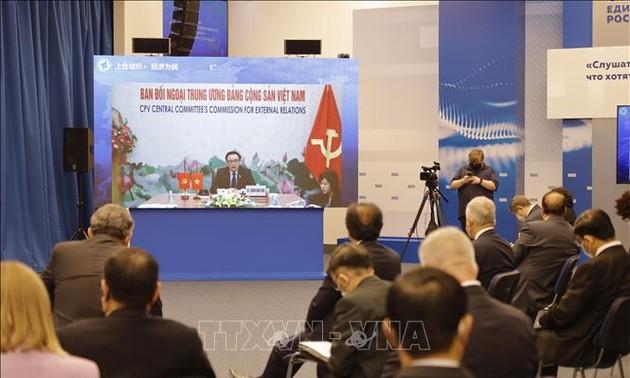 Việt Nam tham dự Diễn đàn liên đảng quốc tế