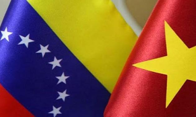 Ra mắt Ban lãnh đạo mới của Hội hữu nghị Venezuela - Việt Nam