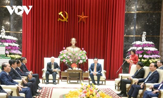 Tổng Bí thư, Chủ tịch nước chúc Tết Đảng bộ, chính quyền và nhân dân Thủ đô Hà Nội
