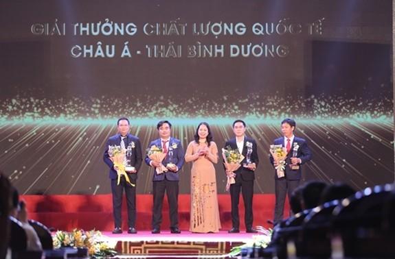 Trao Giải thưởng Chất lượng Quốc gia cho hơn 100 doanh nghiệp