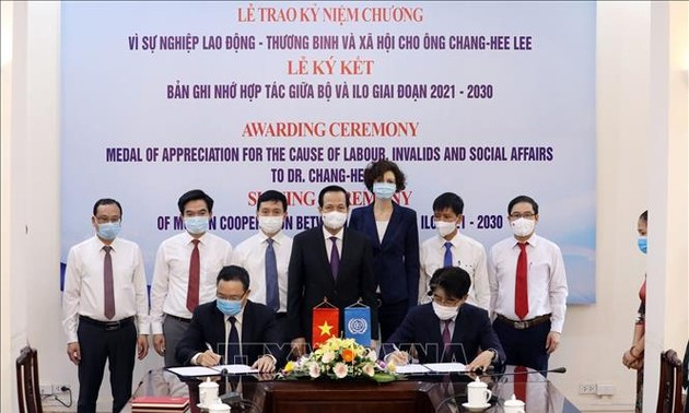 Hợp tác thúc đẩy các tiêu chuẩn lao động quốc tế tại Việt Nam giai đoạn 2021-2030