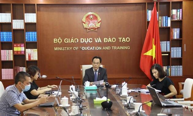Đại học Việt Nam và Vương quốc Anh chia sẻ kinh nghiệm về chuyển đổi số