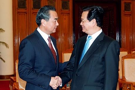 Thủ tướng Nguyễn Tấn Dũng tiếp Bộ trưởng Ngoại giao Trung Quốc