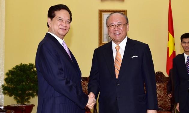 Thủ tướng Nguyễn Tấn Dũng tiếp Cố vấn đặc biệt Liên minh Nghị sỹ Hữu nghị Nhật Bản - Việt Nam