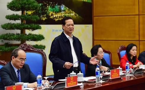 Thủ tướng Nguyễn Tấn Dũng yêu cầu đẩy mạnh hơn nữa công tác thi đua-khen thưởng