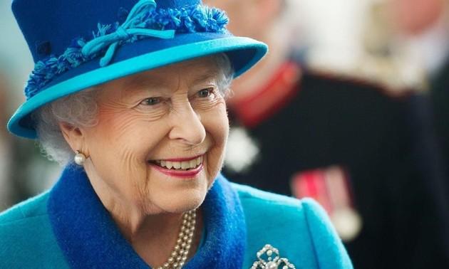 England celebrating Queen Elizabeth II's birthday