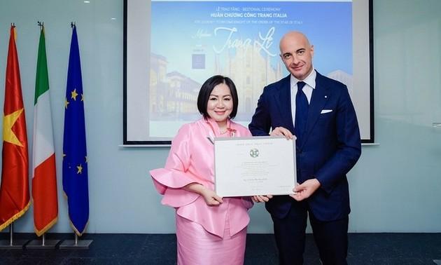 Fashion pioneer first Vietnamese fashionista to receive top Italian honor