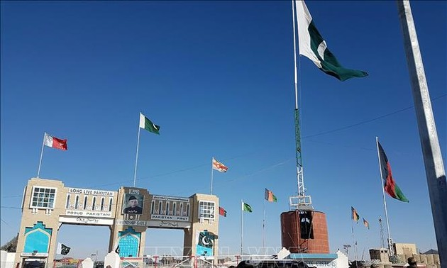 Pakistan reopens border gate with Afghanistan