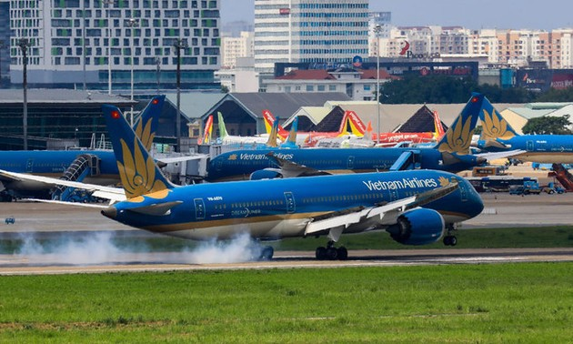 Hanoi-HCM city world's second busiest domestic air route in 2020